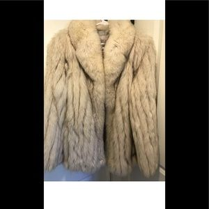 Saga Fox Authentic Fur Coat Sz Large
